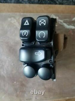 Harley Road King Electra Glide Right Switch pack Hand Controls 71500127C NEW OEM